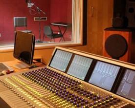 Happy Sunday! The Studio Works.